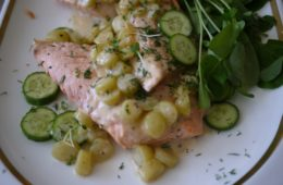 Poached Salmon in Dill Cream Sauce